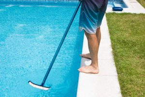 cleaning swimming pool